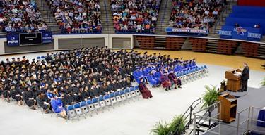 316 graduates receive diplomas at winter quarter commencement