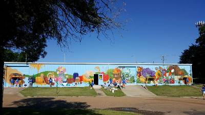 Ruston Farmer's Market Mural by Louisiana Tech School of Design students