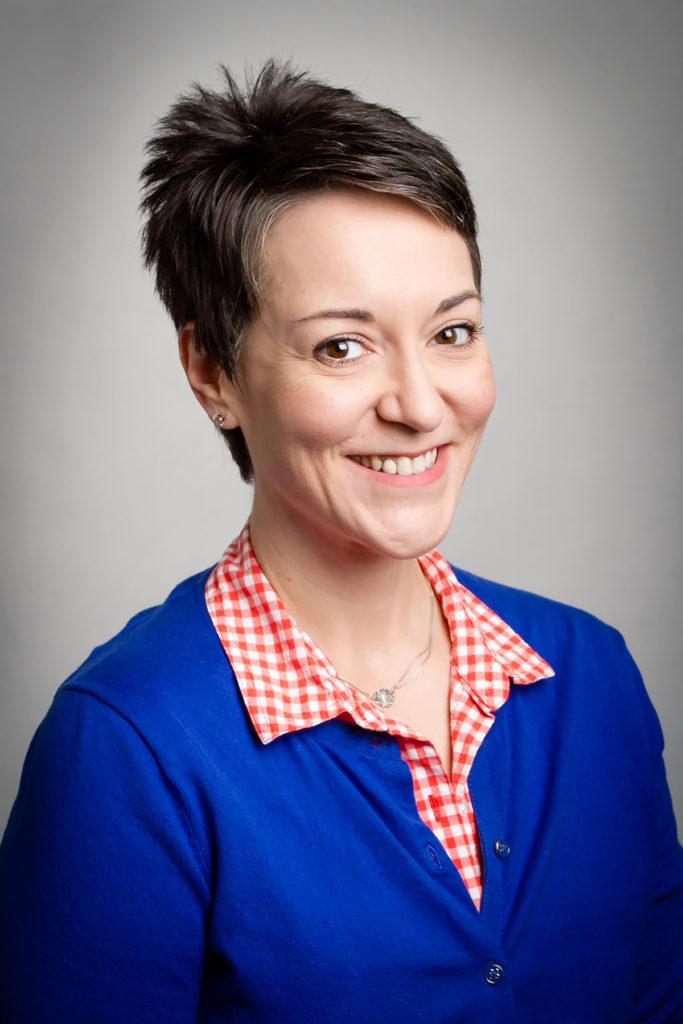Tonya Oaks Smith
