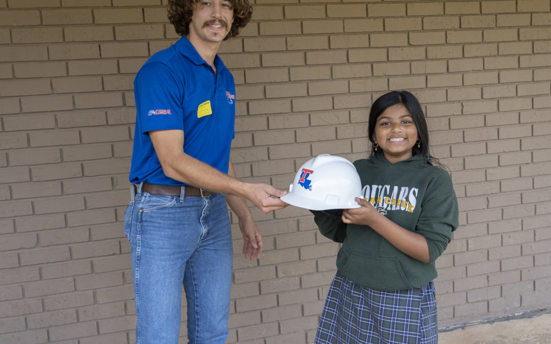Louisiana Tech AGC Chapter promotes STEM at local school