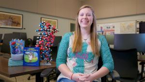 Rebecca Hodnett works in the VISTA lab.