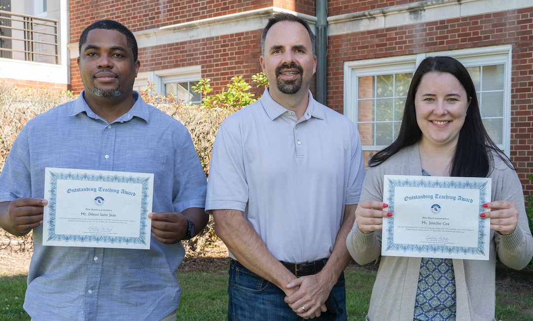 Two COES graduate students selected for Outstanding Graduate Teaching Awards