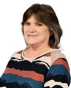 Linda Smith headshot on white background